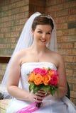 Belle jeune mariée avec le bouquet Photo libre de droits
