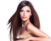 Belle jolie femme blanche avec de longs cheveux droits Image libre de droits