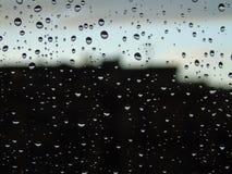 Belle légende du waterdrop sur la fenêtre Image libre de droits