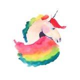 Belle licorne colorée féerique avec l'illustration de main d'aquarelle d'arc-en-ciel Photos libres de droits