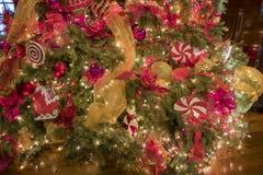 Belle luci di Natale dentro della locanda di missione Immagini Stock Libere da Diritti