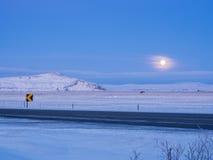 Belle lune pendant l'horaire d'hiver Photo libre de droits