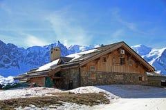 Belle maison de montagne Images libres de droits