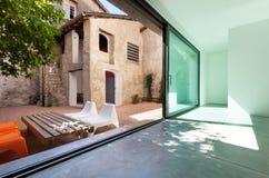 Belle maison moderne Photos stock