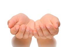 Belle mani a coppa della giovane donna - tagliata Fotografia Stock