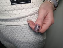 belle manucure des ongles images stock
