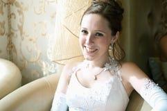 Belle mariée dans une robe de mariage image stock