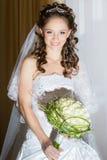 Belle mariée de brunette Photo libre de droits
