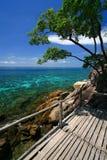 Belle mer et plage blanche de sable Images libres de droits