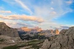Belle montagne delle alpi, dolomia al tramonto Fotografie Stock Libere da Diritti