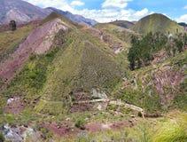 Belle montagne variopinte Cordigliera de los frailes in Bolivia Fotografia Stock Libera da Diritti