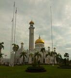 Belle mosquée de Sultan Omar Ali Saifuddin en Bandar Seri Begawan - le Brunei images stock