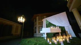 Belle mousse de piano de bougie de nuit de cérémonie de mariage clips vidéos
