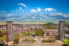 Belle nature dans la région de Gjirokaster, vue du balcon, alba Image libre de droits
