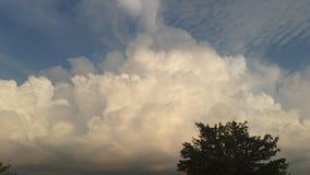 Belle nubi immagini stock