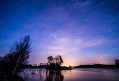 Belle nuit de ressort Image libre de droits