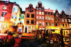 Belle nuit à Amsterdam illumination des bâtiments Photo libre de droits