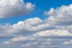 Belle nuvole di questa mattina meravigliosa Fotografia Stock
