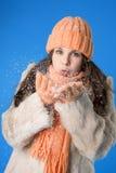 belle orange de fille de capuchon de brunette Image libre de droits