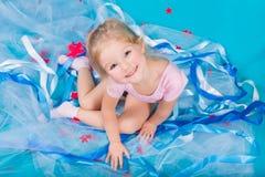 Belle petite fille heureuse Image libre de droits