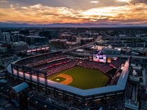 Belle photo de bourdon de Denver Colorado au coucher du soleil photos stock