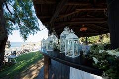 Belle photographie d'actions de mariage de Grèce ! Belle lanterne, épousant le décor Images libres de droits