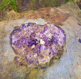 Belle pietre preziose nella miniera immagini stock