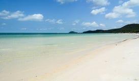 Belle plage à Phuket, Thaïlande Photo stock