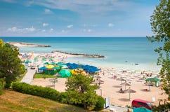 Belle plage d'Olimp en été, Roumanie. photographie stock libre de droits