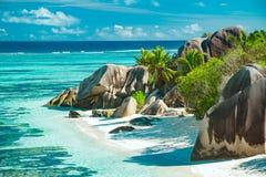 Belle plage des Seychelles Photos libres de droits