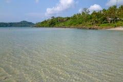 Belle plage tropicale à l'île de Koh Kood, Thaïlande Photos libres de droits