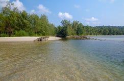 Belle plage tropicale à l'île de Koh Kood, Thaïlande Photos stock