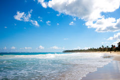 Belle plage tropicale Images stock