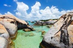 Belle plage tropicale chez les Caraïbe Images libres de droits