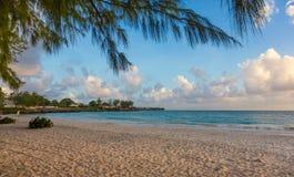 Belle plage tropicale d'île Photographie stock