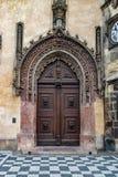 Belle porte à Prague images libres de droits