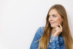 Belle pose modèle dans le studio Image libre de droits