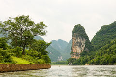 Belle rivière de Li de montagnes de karst Image libre de droits