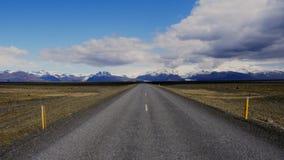 Belle route en parc national banque de vidéos