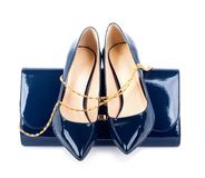 Belle scarpe blu con le frizioni Fotografie Stock Libere da Diritti