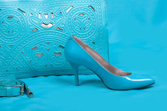 Belle scarpe e borsa blu Immagine Stock Libera da Diritti