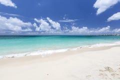 Belle spiagge caraibiche da San Martino, Sint Maarten Cari fotografia stock