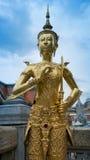 Belle statue d'or Thaïlande d'ange Image libre de droits
