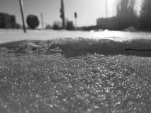 Belle texture d'enneigement au soleil photo libre de droits