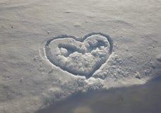 Belle texture d'enneigement et de coeur photos stock