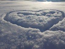Belle texture d'enneigement et de coeur image libre de droits