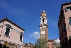 Belle tour d'horloge d'Orologio Venise de ` de vallon de Torre à Venise Photos libres de droits