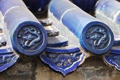 Tuiles de toit chinoises bleues Images libres de droits