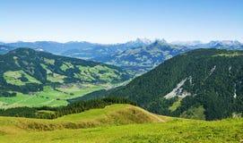 Belle valle di Bressanone ed alpi di Kitzbuhel, Austria Fotografia Stock