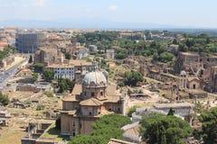 Belle vecchie finestre a Roma (Italia) Fotografie Stock Libere da Diritti
